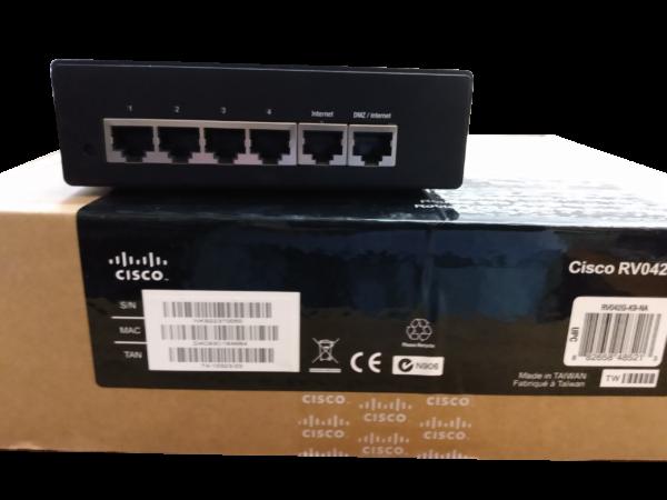 Cisco RV042G